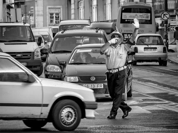 policia_sinaleiro