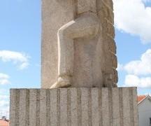 monumento_arguina