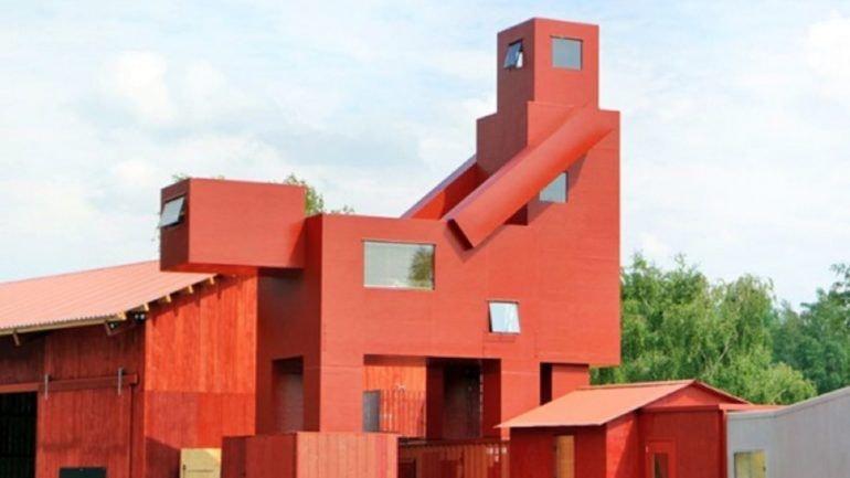 escultura_polemica_louvre