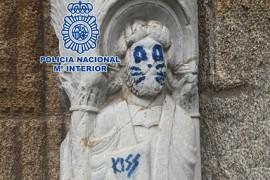 estatua_vandalizada_santiago_compostela