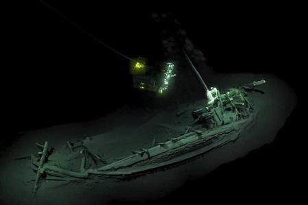 navio_2400_anos